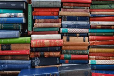 オンライン英会話の教材は無料がおすすめ!?持ち込み教材の活用法